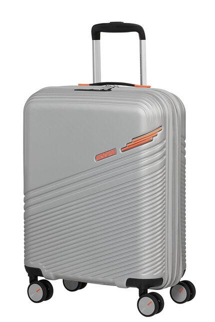 Triple Trace Nelipyöräinen laajennettava matkalaukku 55cm (20cm)